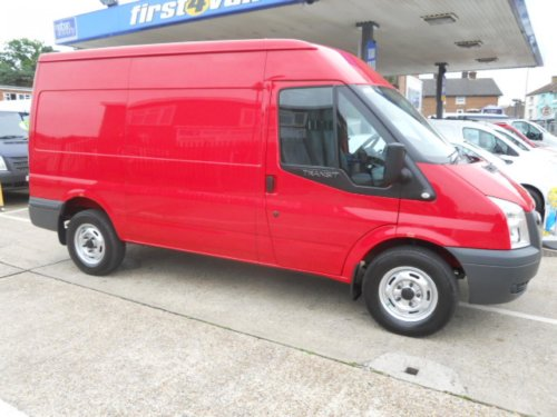 FORD TRANSIT T330 MWB MED ROOF 2.2 TDCi 140
