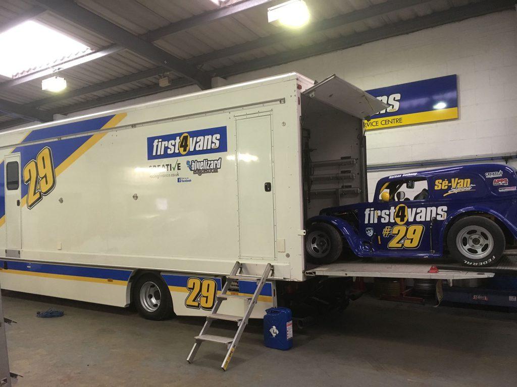 Legends racing snetterton